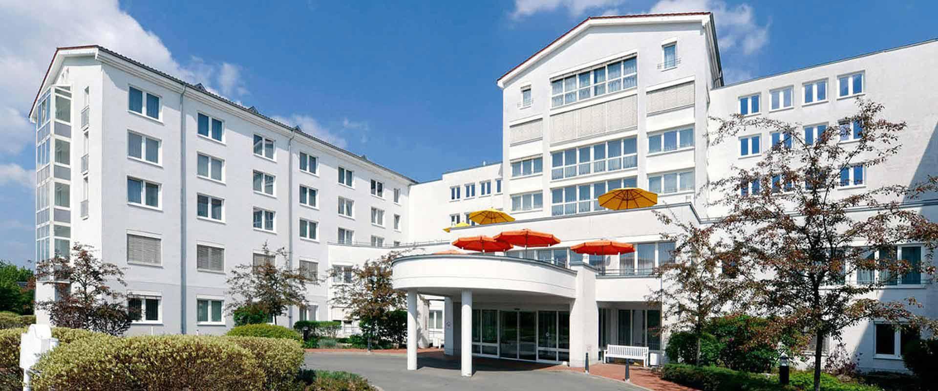 Außenansicht des MEDIAN Reha-Zentrum Bad Berka Adelsberg-Klinik