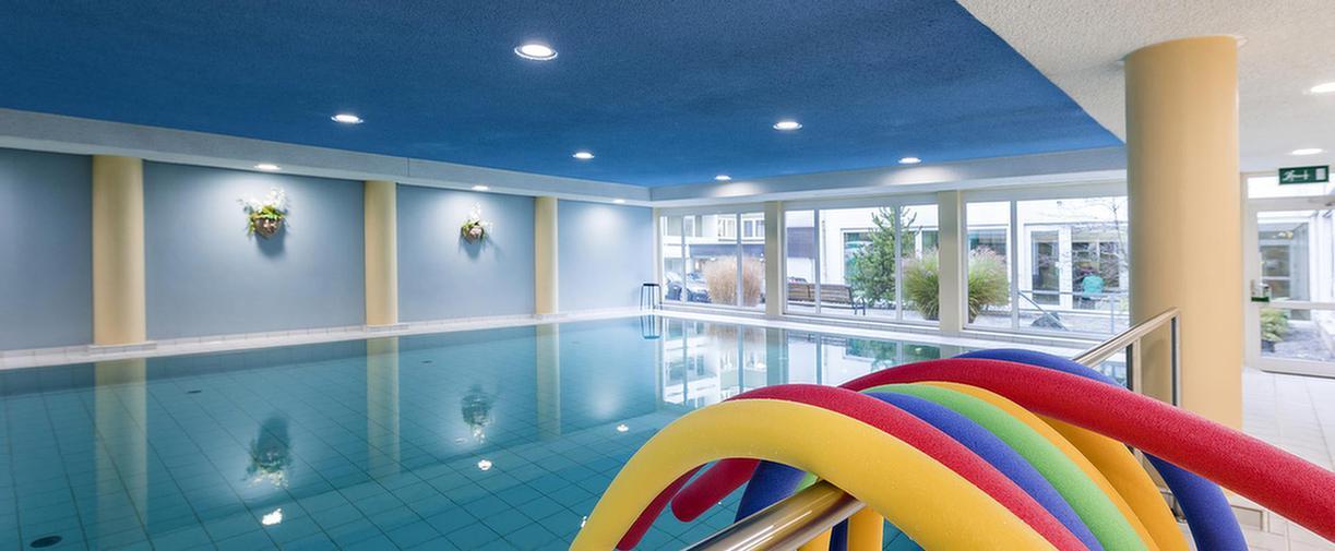 MEDIAN Hohenfeld-Klinik Bad Camberg Schwimmbad