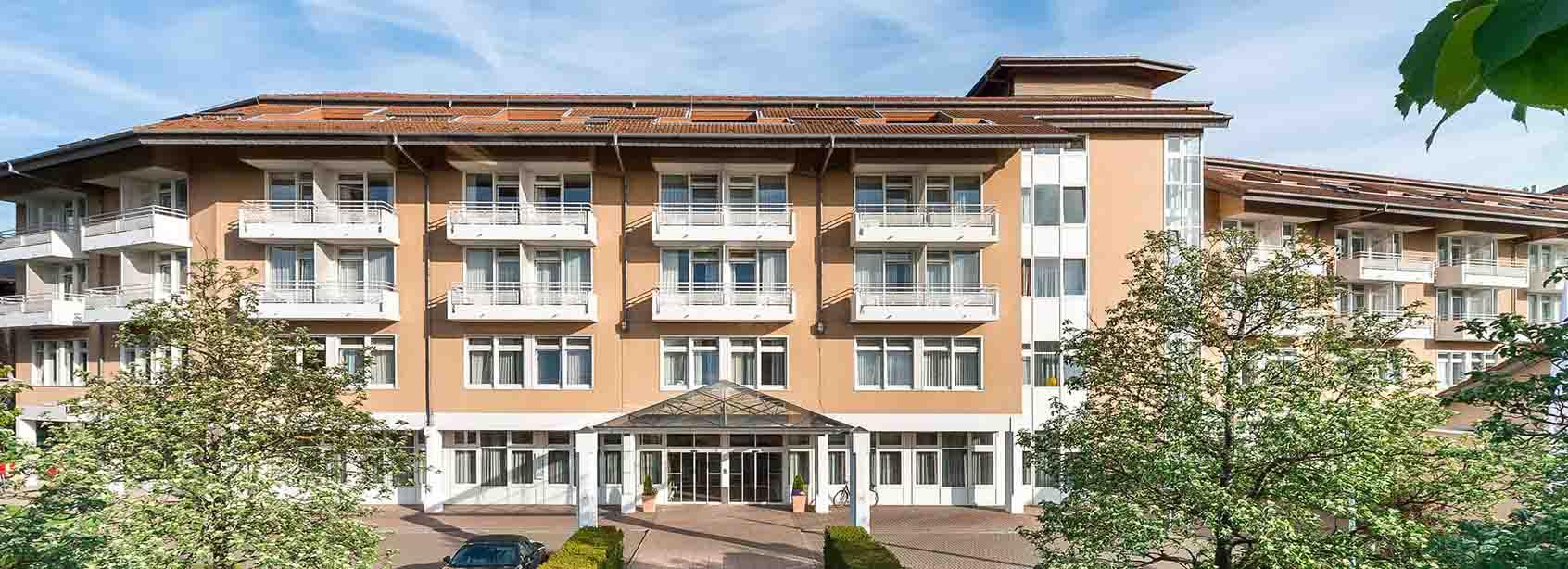 Eingangsbereich der MEDIAN Park-Klink Bad Dürkheim