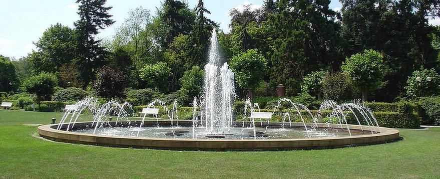 MEDIAN Klinik Bad Dürkheim Brunnen Park