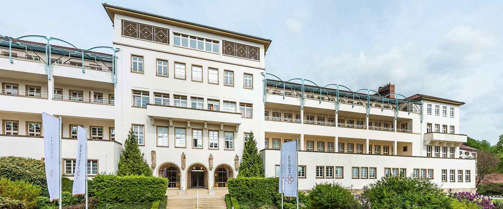 Sonnenwende Aussenansicht des Gebäudes der MEDIAN Klinik Sonnenwende Bad Dürkheim