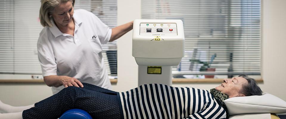 Patientin in Behandlung in der MEDIAN Klinik Bad Gottleuba