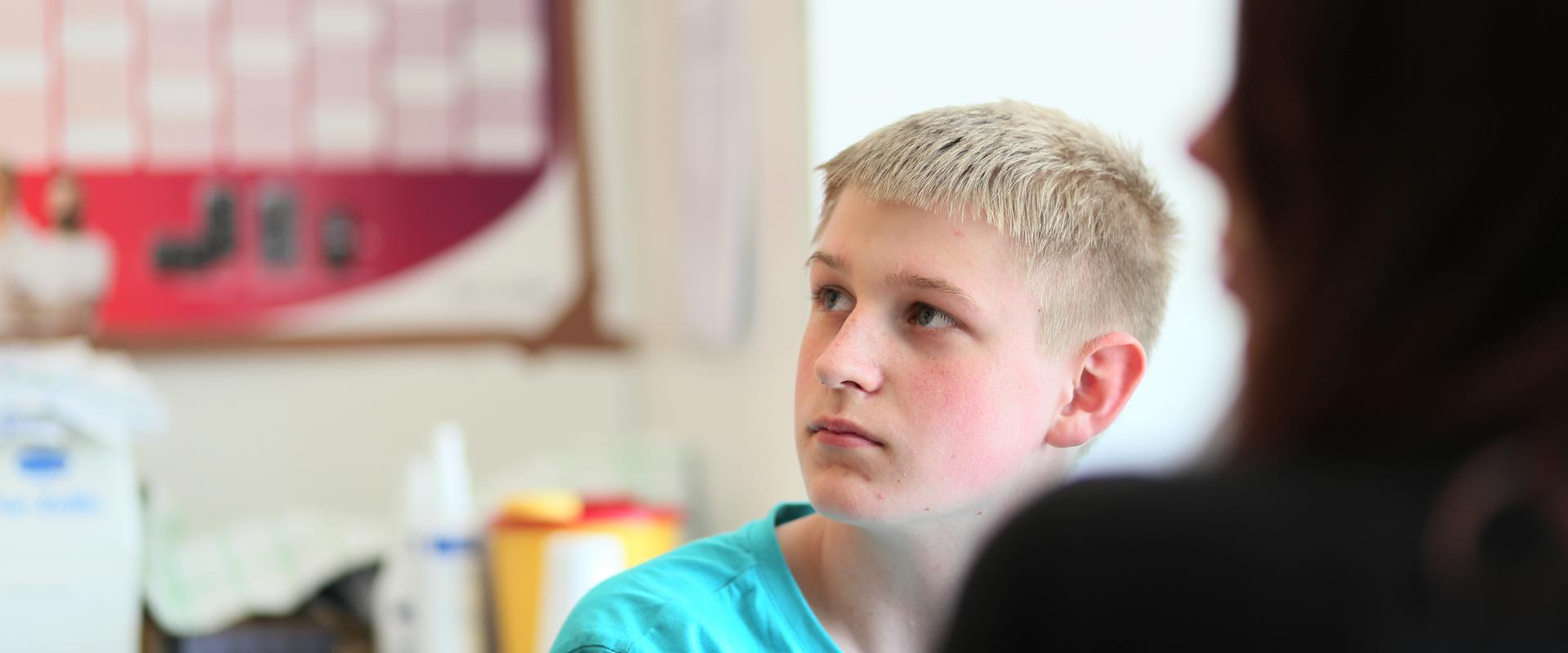 Jugendlicher Patient in der MEDIAN Klinik Bad Gottleuba