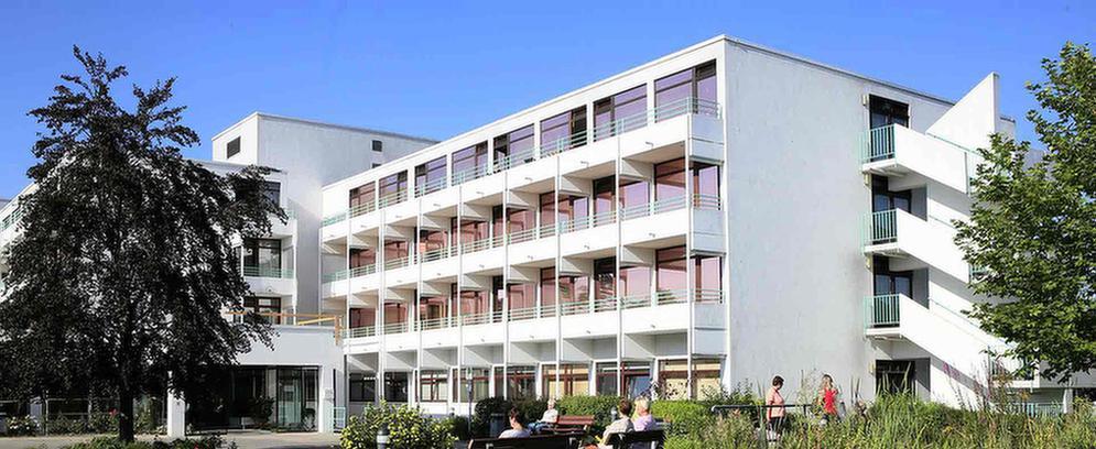 Außenansicht der MEDIAN Saale Klinik Bad Kösen Klinik I