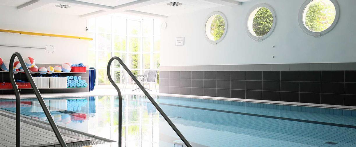 Schwimmbad im MEDIAN Zentrum für Verhaltensmedizin Bad Pyrmont – Klinik für Psychosomatik
