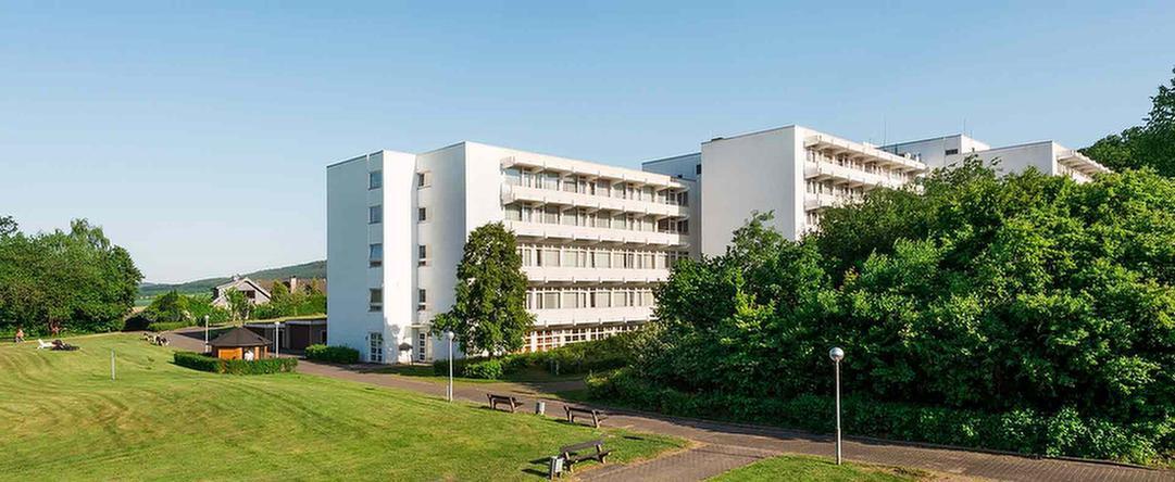 Außenansicht der MEDIAN Salze Klinik Bad Salzdetfurth