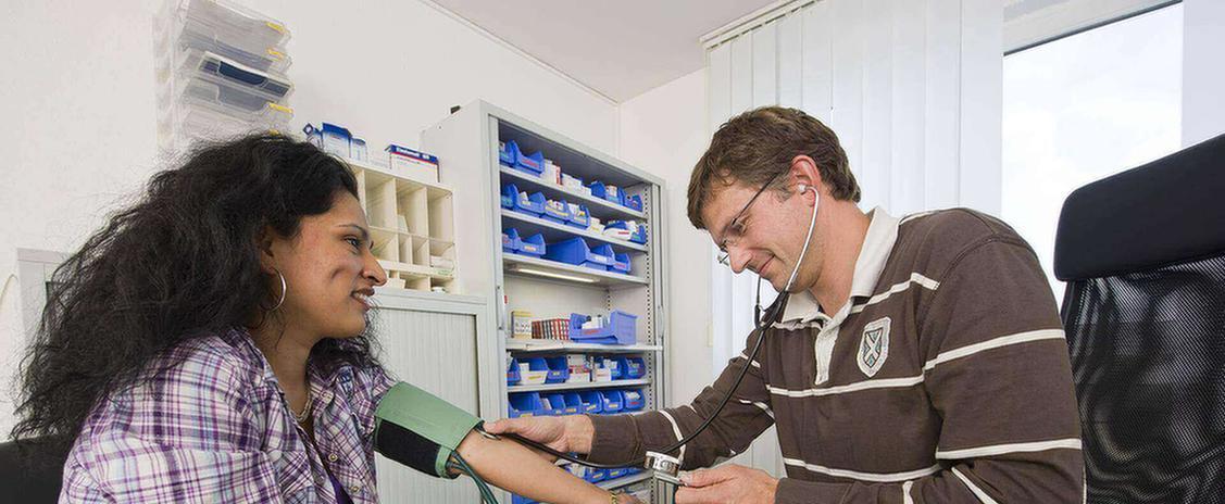 MEDIAN Köln Patientin bei Untersuchung