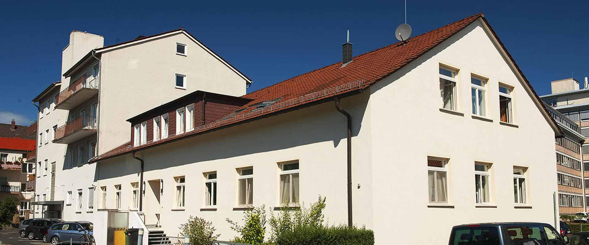 Gebäude der MEDIAN Tagesklinik Neustadt an der Weinstraße