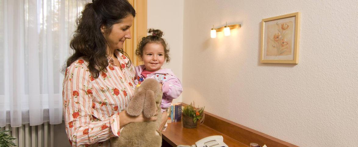 MEDIAN Klinik Richelsdorf Patientin mit Kind