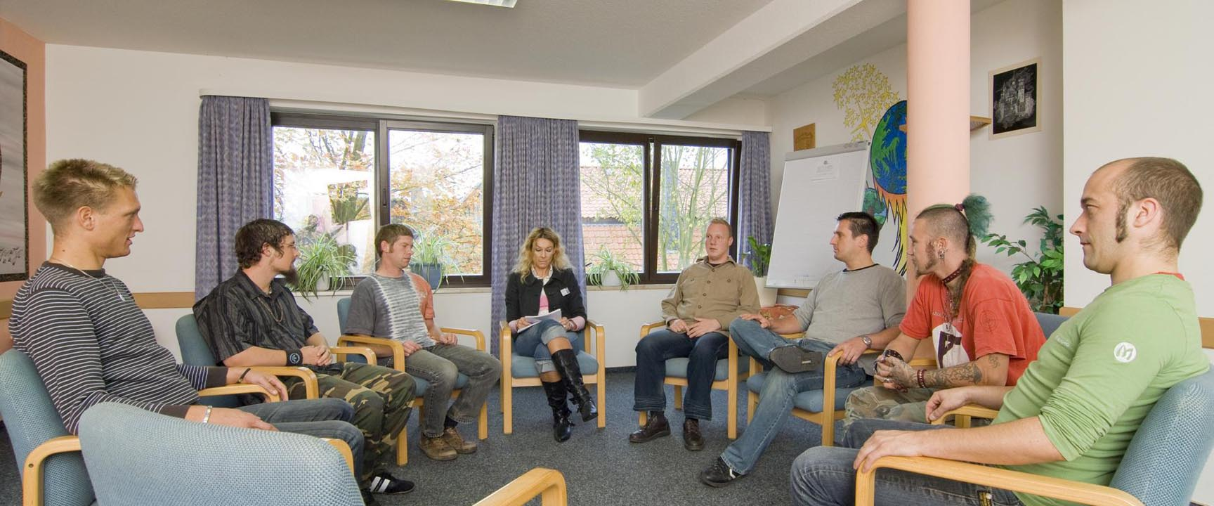 MEDIAN Klinik Richelsdorf Patienten bei Gruppentherapie