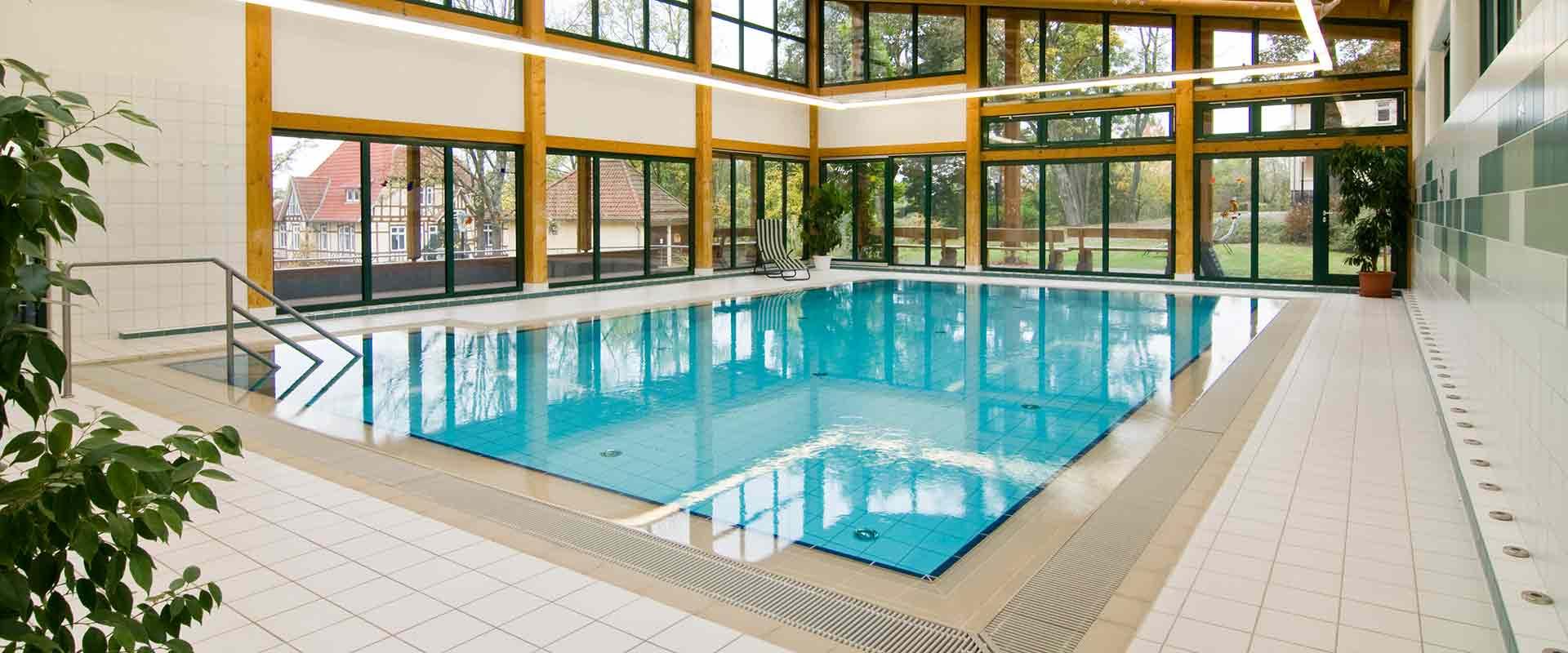 Schwimmbad in der MEDIAN Klinik Römhild