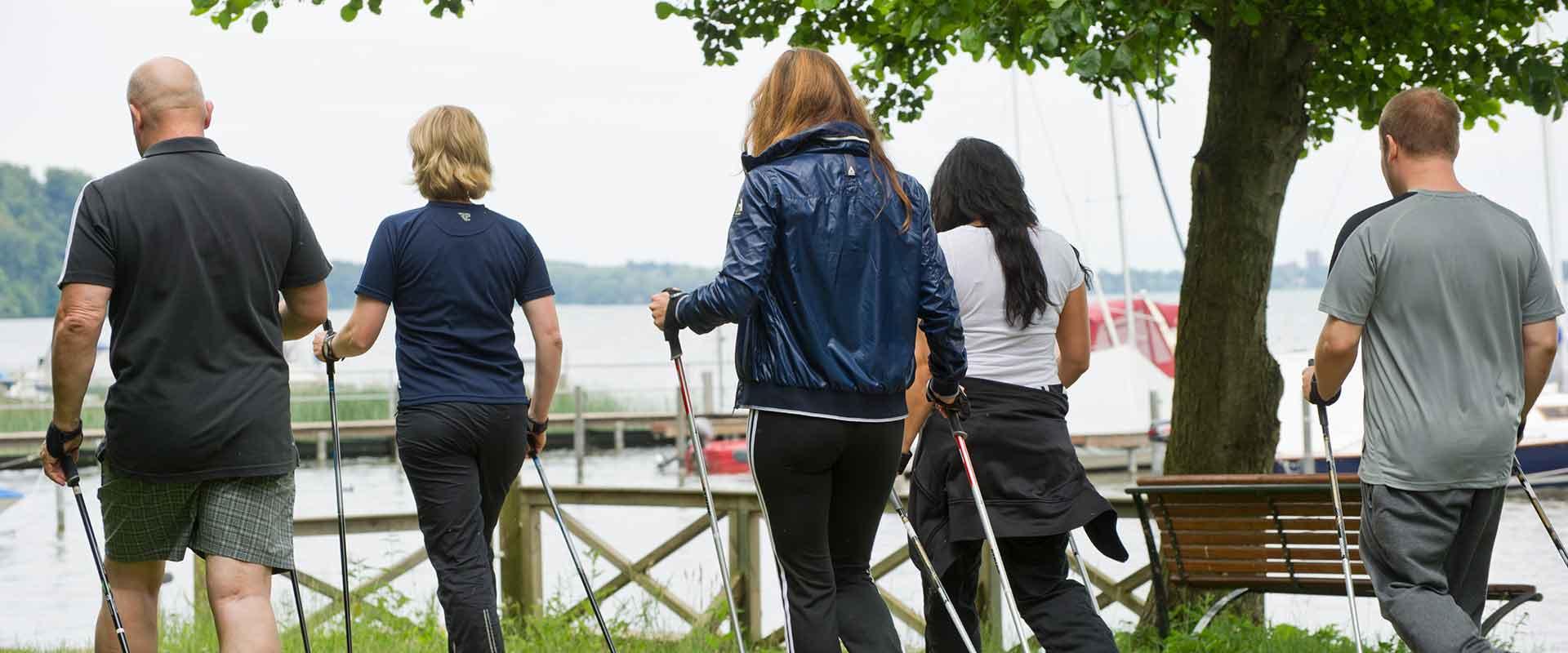 Spaziergang entlang des Schweriner Sees der MEDIAN Klinik Schweriner See