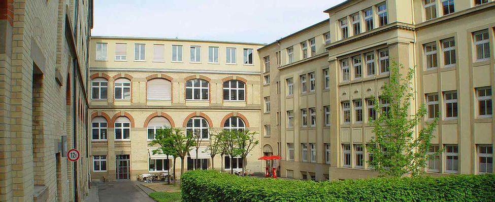 MEDIAN AGZ Stuttgart Außenansicht