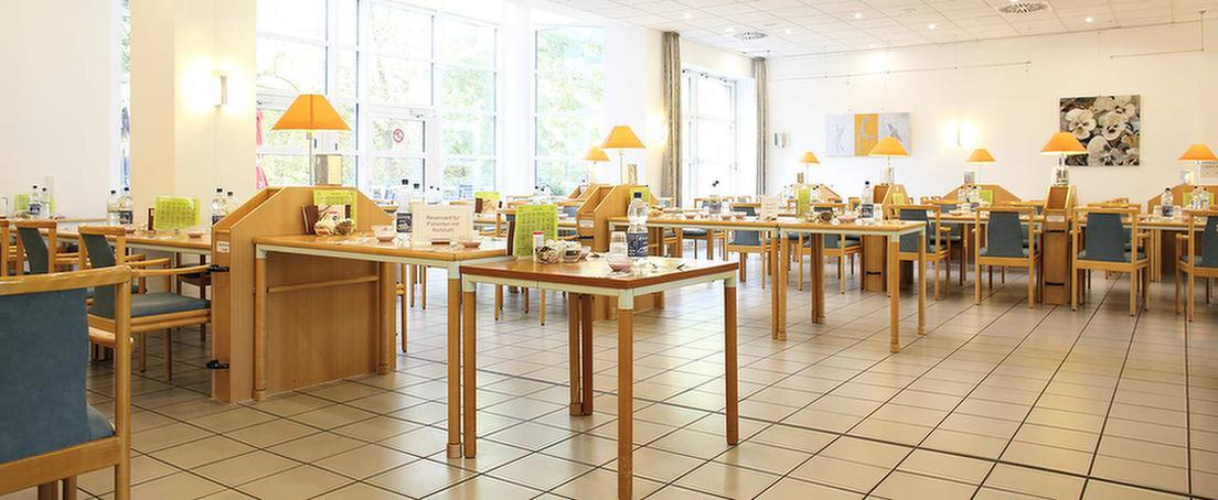 Speisesaal in der MEDIAN Klinik Wihelmshaven