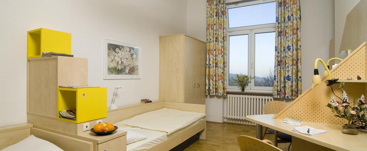 Ein Zimmer in der MEDIAN Klinik Wilhelmsheim