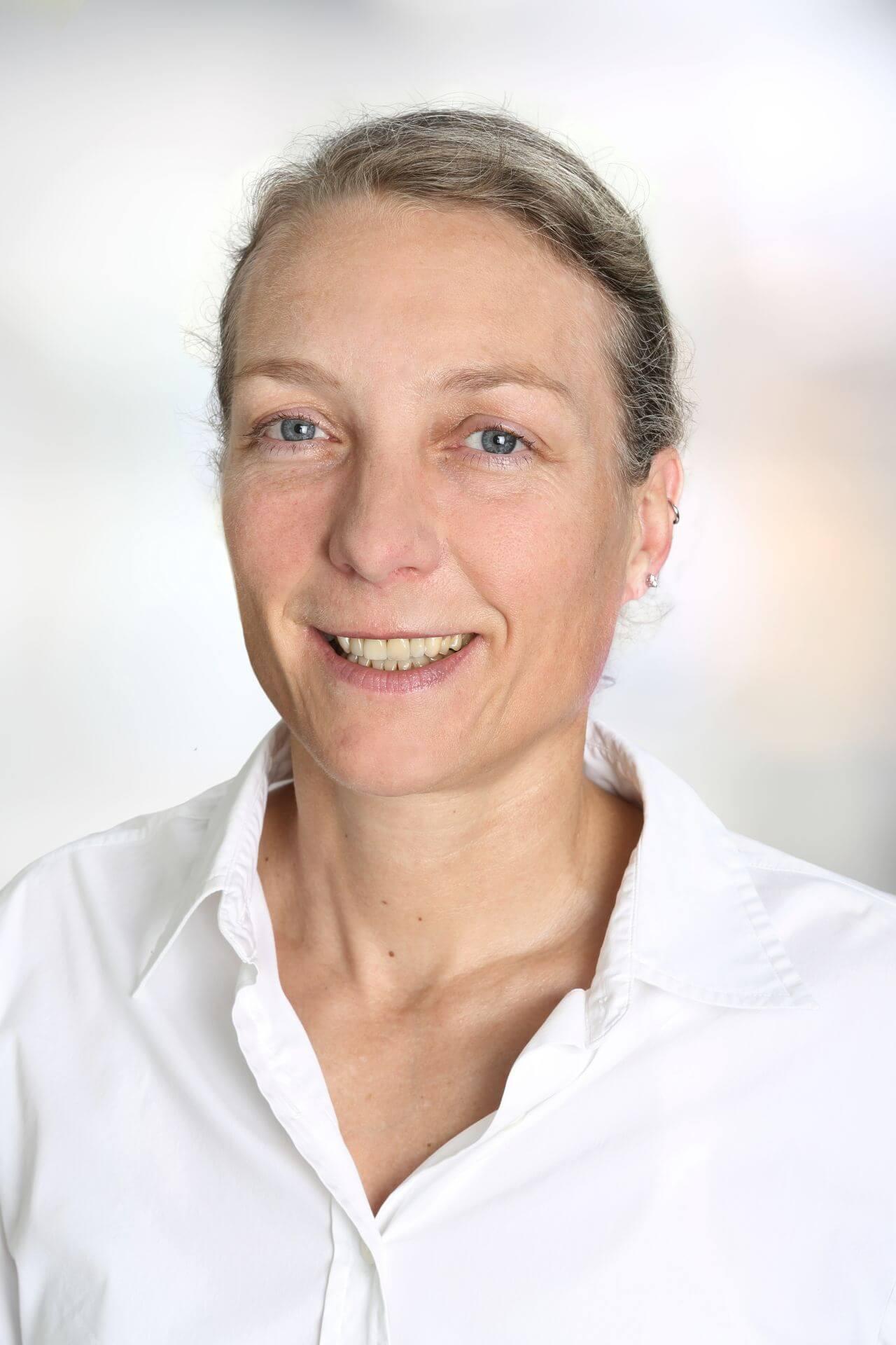 Dr. med. Barbara Schmitt Chefärztin Orthopädie der MEDIAN Klinik am Südpark Bad Nauheim