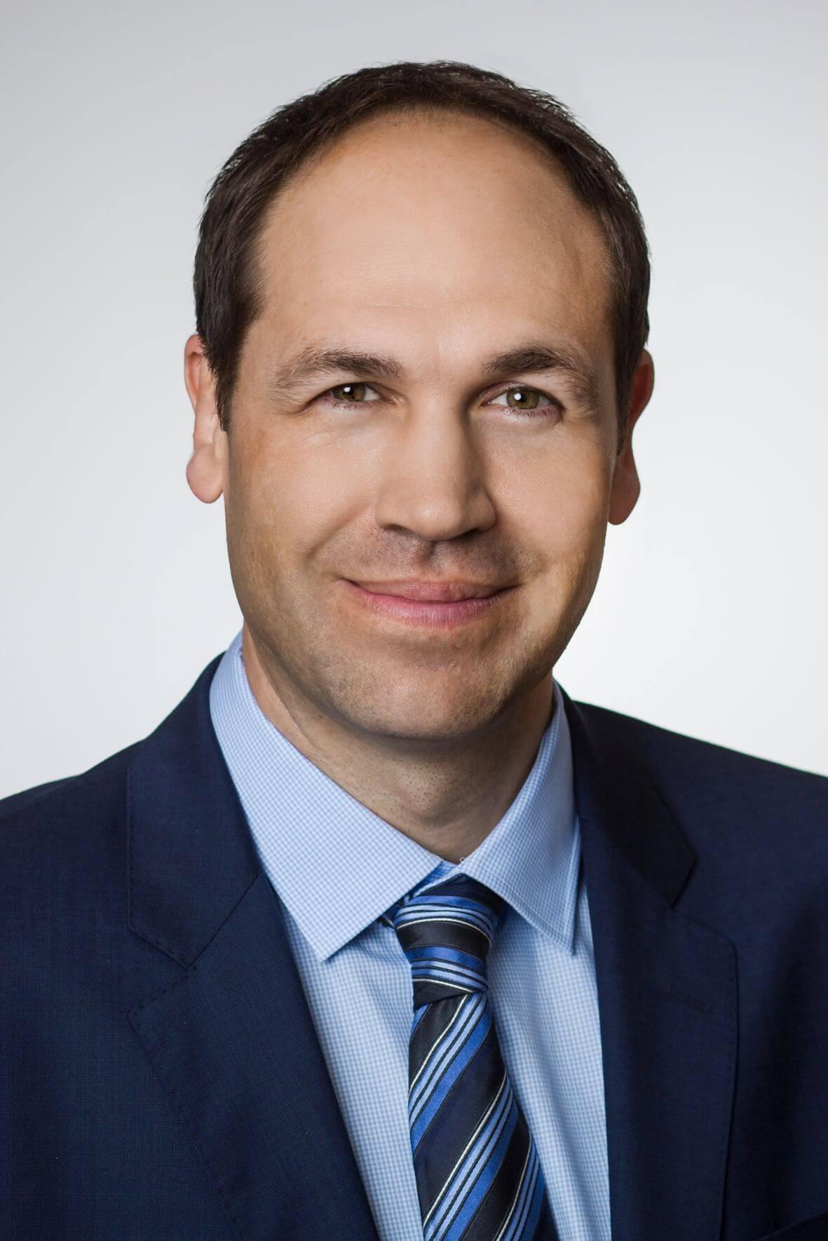 Dr. med. Bernd Friederichs Chefarzt der Abteilung Innere Medizin und Kardiologie der MEDIAN Klinik am Südpark Bad Nauheim