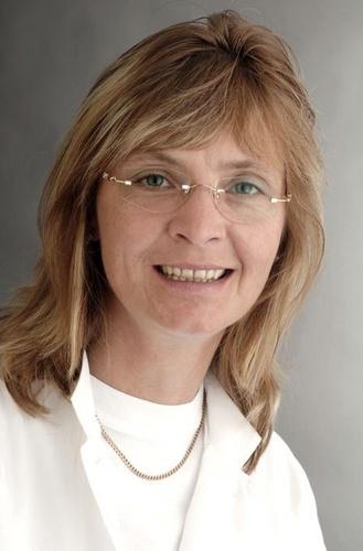 Dr. med. Claudia Mitzschke Chefärztin Geriatrie der MEDIAN Saale Klinik Bad Kösen Klinik II