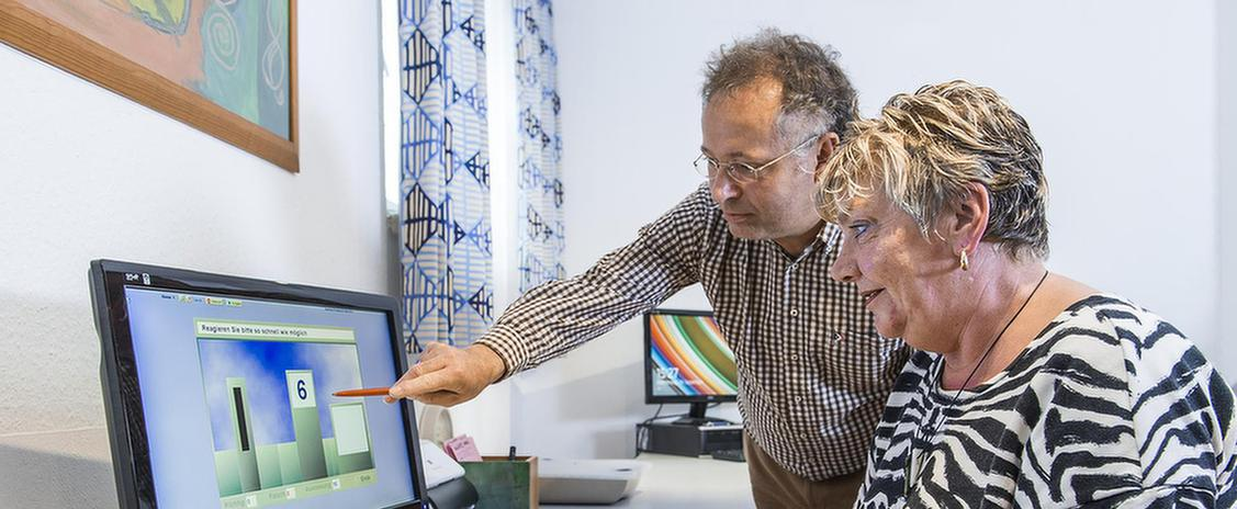 Computertraining im MEDIAN Therapiezentrum Haus Dondert